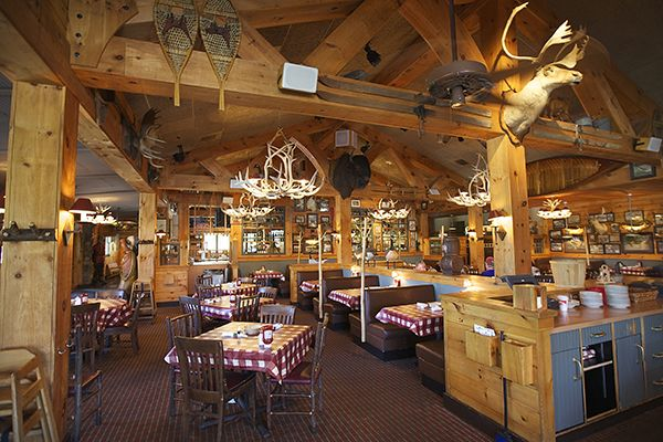Lezatnya Menu Makanan di Restoran Bugaboo Creek Kanada